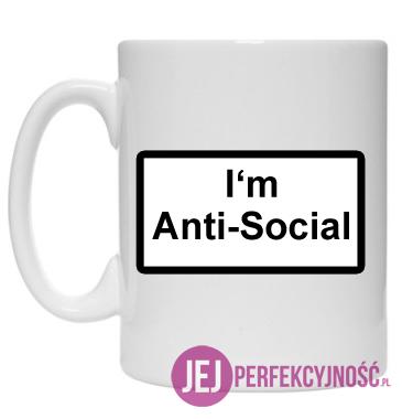 Kubek: I'm Anti-Social